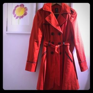 Atmosphere red a line trench coat